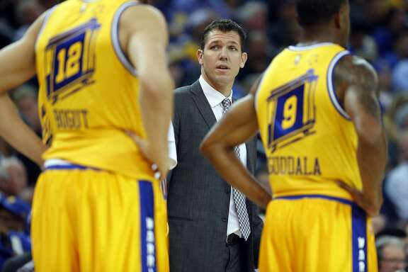 Golden State Warriors' interim head coach Luke Walton during 4th quarter against Toronto Raptors during Warriors' 115-110 win in NBA game at Oracle Arena in Oakland, Calif., on Tuesday, November 17, 2015.