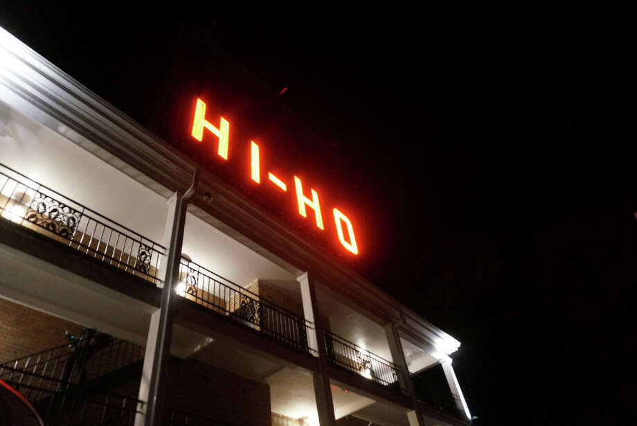 The iconic Hi Ho Motel sign is lit once again, marking the Black Rock Turnpike property's renovation. Photo: Genevieve Reilly / Hearst Connecticut Media / Fairfield Citizen