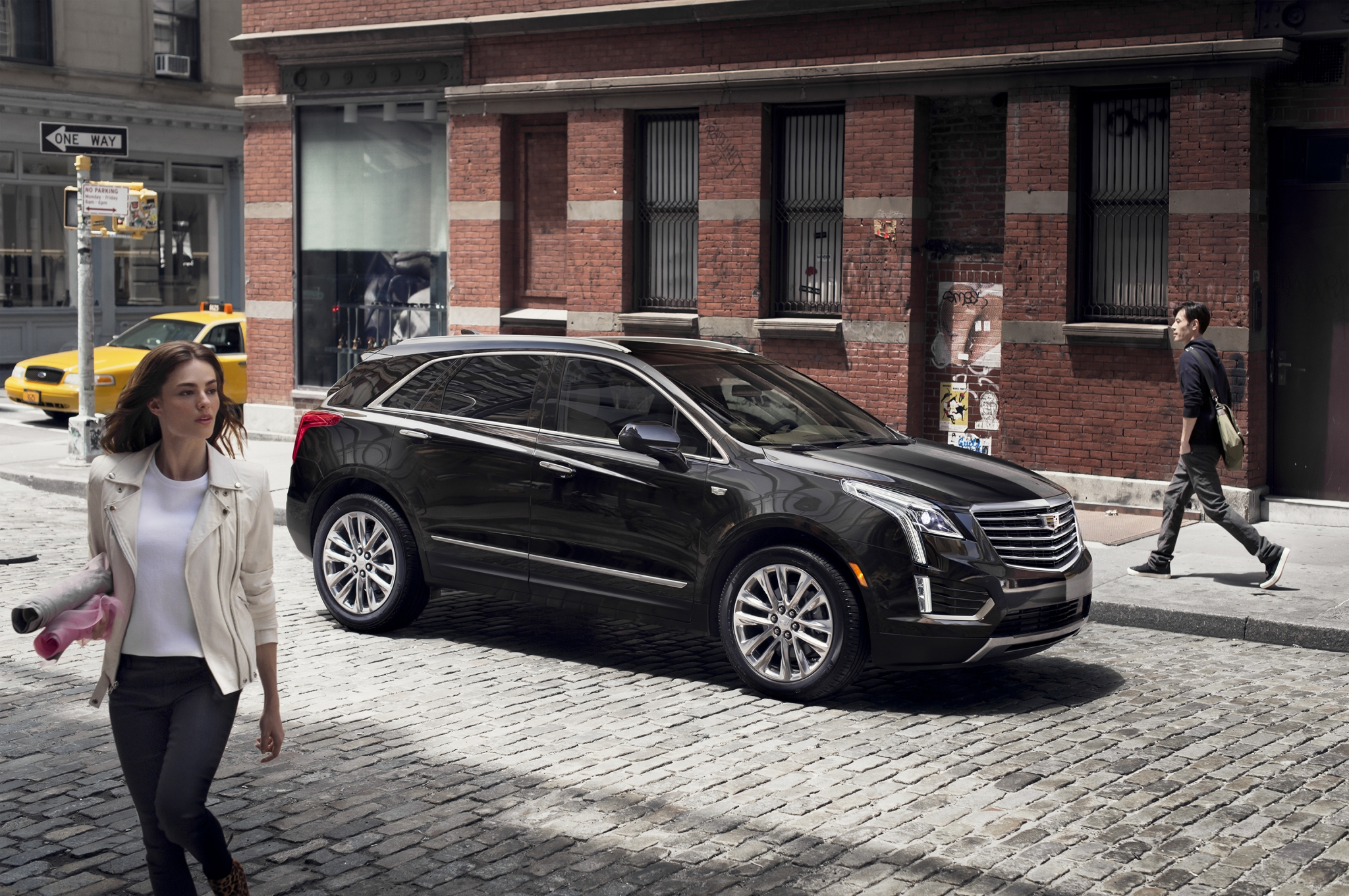 Cadillac unveils 2017 XT5, kicking off new crossover lineup