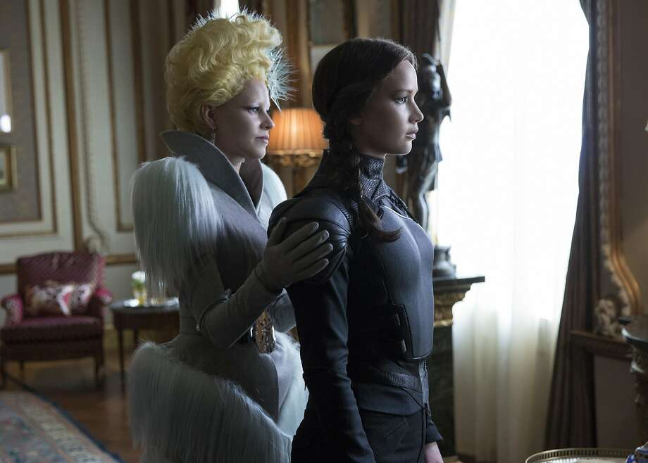"Effie Trinket (Elizabeth Banks) and Katniss Everdeen (Jennifer Lawrence) in ""The Hunger Games: Mockingjay — Part 2."" Photo: Lionsgate"