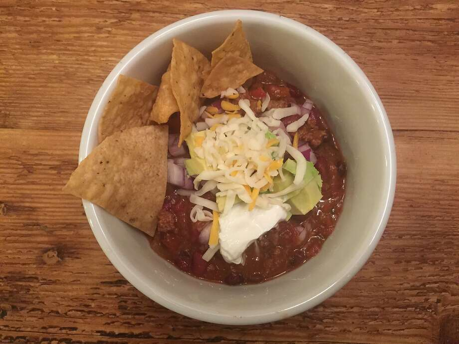 A quick(er) beef and black bean chili Photo: Amanda Gold