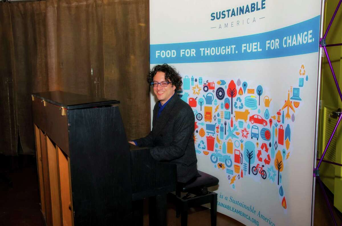 Sustainable America's annual gala was held in Stamford on November 9, 2015. Special guests included Sandra Denton (