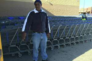 Wal-Mart boycott begun in support of fired worker - Photo