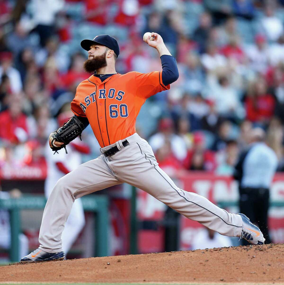 Astros starting pitcher Dallas Keuchel led the American League in victories and innings pitched.