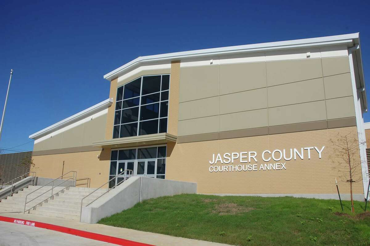 Jasper County Courthouse annex almost complete photo by Jeff Reedy