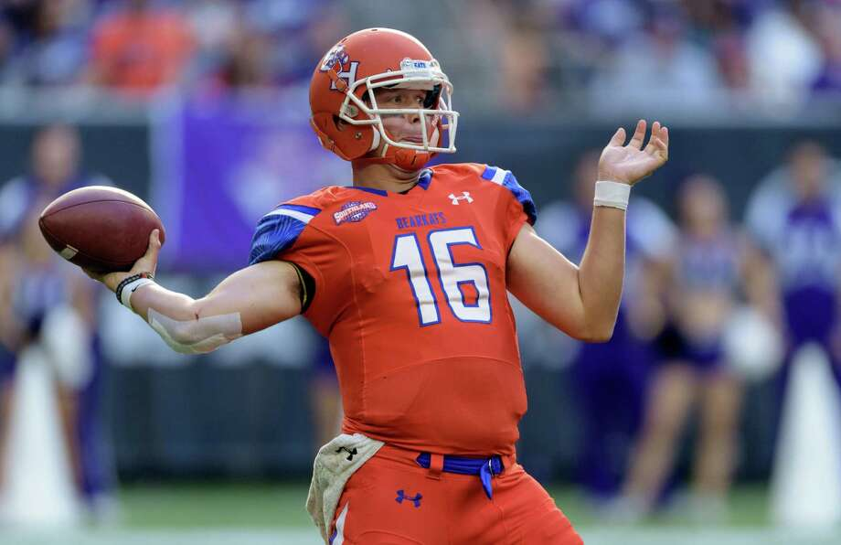 Quarterback Jeremiah Briscoe has happily landed on his feet at Sam Houston State this season after UAB ended its football program a year ago. Photo: Wilf Thorne / © 2015 Houston Chronicle