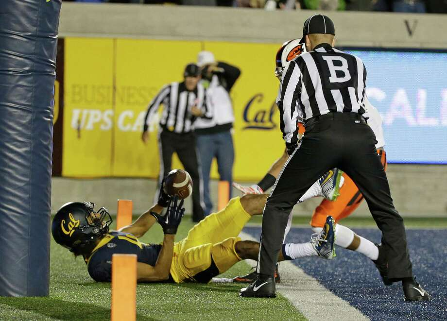 California wide receiver Kenny Lawler falls into the end zone after scoring a touchdown during the first half of an NCAA college football game against Oregon State Saturday, Nov. 14, 2015, in Berkeley, Calif. (AP Photo/Eric Risberg) Photo: Eric Risberg / Associated Press / AP