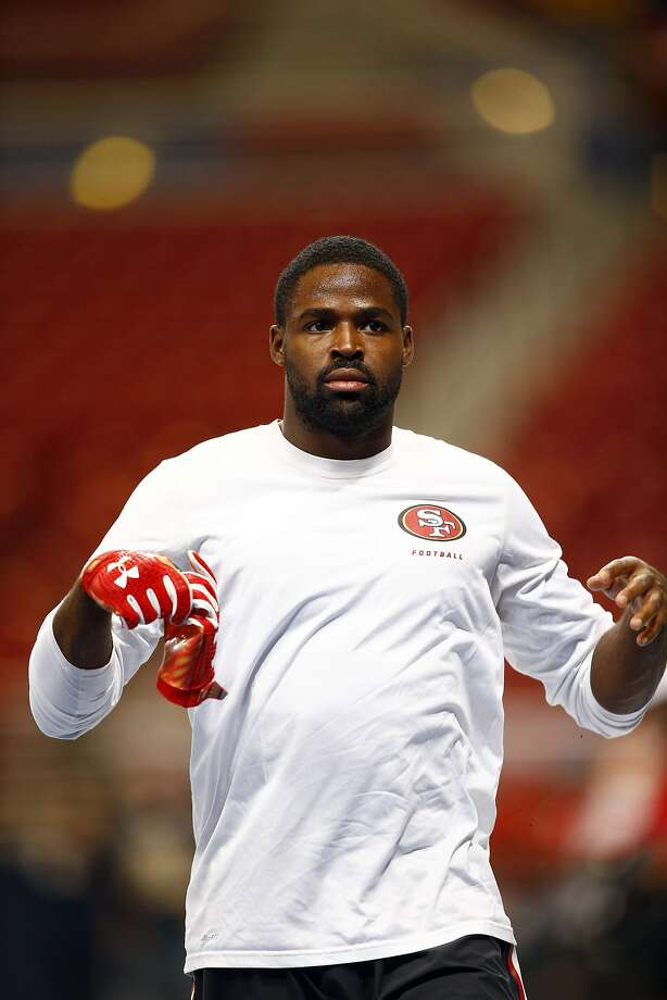 49ers wide receiver Torrey Smith did not have a catch in the first game with Seattle. Photo: Billy Hurst, Associated Press