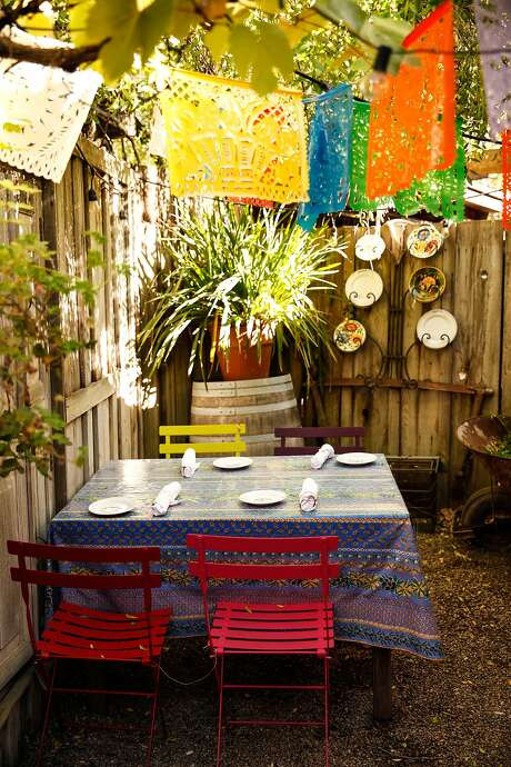 An outdoor seating area at the Corkscrew Cafe in Carmel Valley, Calif., Monday, November 16, 2015. Photo: Sarah Rice, Special To The Chronicle