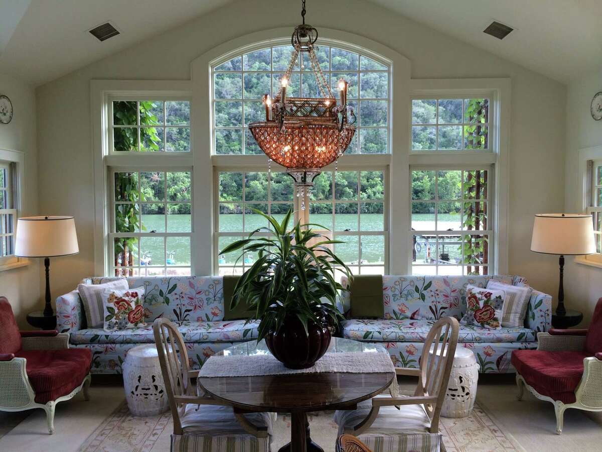 The Garden Library at Lake Austin Spa Resort