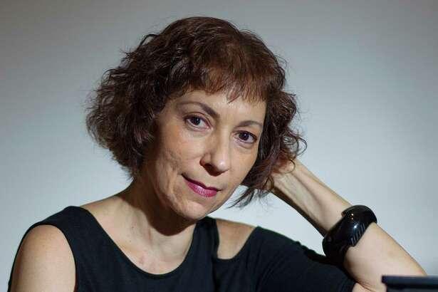 "Sarah Rothenberg, a virtuoso pianist and fine arts programer who runs Da Camera, has a new CD out called ""Rothko Chapel."""