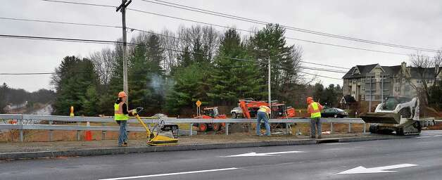 State DOT is finishing work on the new bridge on Route 50 over the Northway Thursday Nov. 19, 2015 in Saratoga Springs, NY. The changes include improvements to make the area more bicycle and pedestrian friendly.  (John Carl D'Annibale / Times Union) Photo: John Carl D'Annibale / 10034370A
