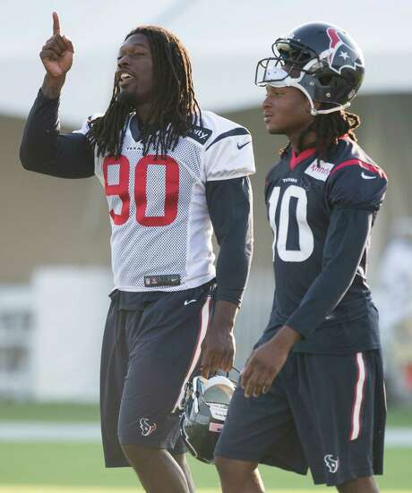 Texans wide receiver DeAndre Hopkins missed two days of practice this week with a knee injury, but he returned Friday and is expected to start Sunday. Photo: Brett Coomer, Staff / © 2015 Houston Chronicle