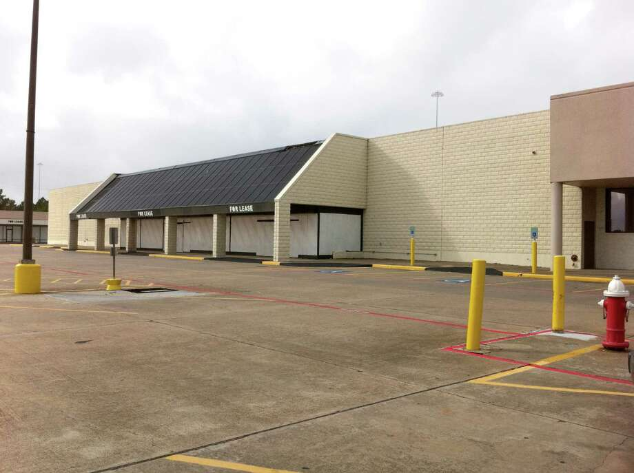 Before: A vacant grocery at Four Corners Shopping Center at Texas 249 at FM 2920 in Tomball. Baker Katz redeveloped the center.