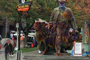Deep Dream hallucinates Seattle - Photo