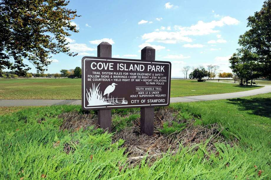 Blue light poles with emergency phones and cameras are being considered for Cove Island and other city parks. Photo: Michael Cummo / Hearst Connecticut Media / Stamford Advocate