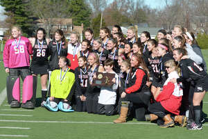 New Canaan field hockey defeats Barlow 1-0 for Class M title - Photo