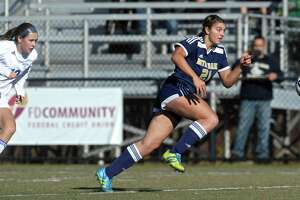 ND-Fairfield and Old Lyme play to tie in Class S girls - Photo