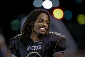 Antioch's Najee Harris has run into national spotlight - Photo