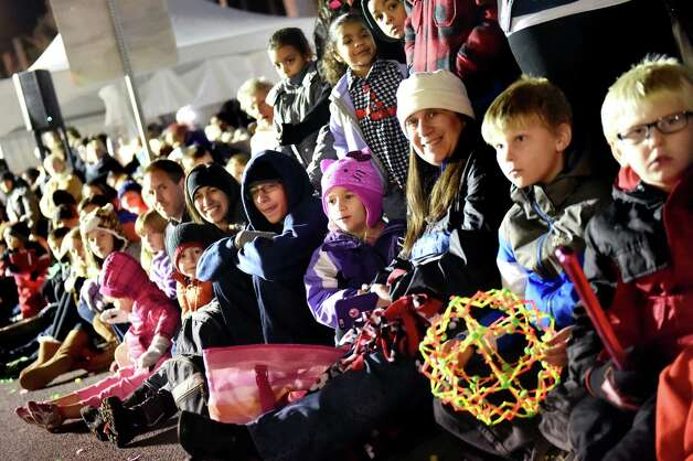 People line the streets to watch the 48th Annual Daily Gazette Holiday Parade on Saturday, Nov. 21, 2015, in Schenectady, N.Y. (Cindy Schultz / Times Union) Photo: Cindy Schultz / 00033960A