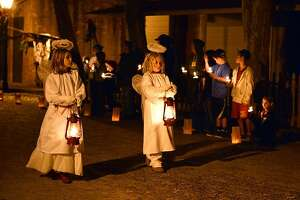 Las Posadas tradition gets time-warp twist in Columbia - Photo
