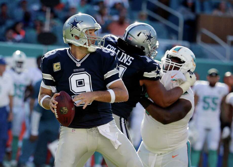 Dallas Cowboys quarterback Tony Romo (9) looks to pass during the second half of an NFL football game against the Miami Dolphins, Sunday, Nov. 22, 2015, in Miami Gardens, Fla.  (AP Photo/Lynne Sladky) Photo: Lynne Sladky, STF / Associated Press / AP