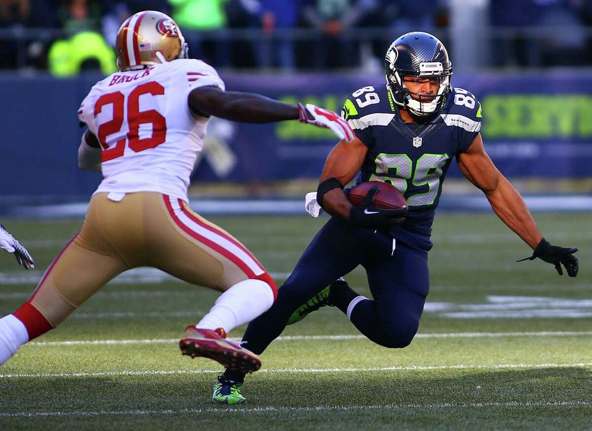 Seattle's Doug Baldwin (89) cuts away from San Francisco's Tramaine Brock during the first quarter of the Seahawks game against the 49ers, Sunday, Nov. 22, 2015.