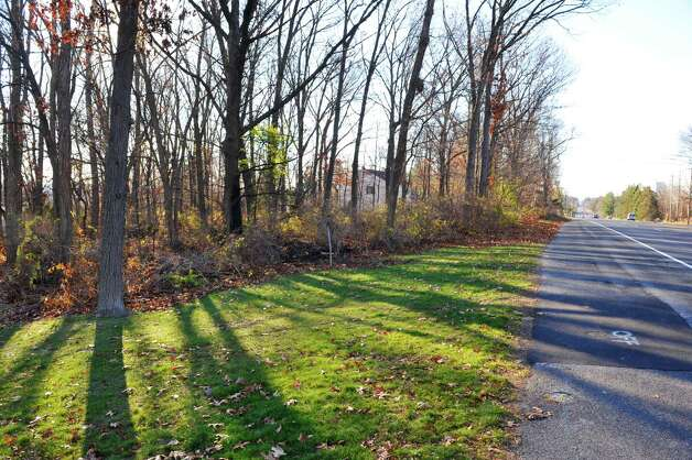 A view near the site, on Monday, Nov. 23, 2015, in Menands, N.Y., where a Shaker High School student was killed in a vehicle crash Sunday morning along Van Rensselaer Boulevard.  (Paul Buckowski / Times Union) Photo: PAUL BUCKOWSKI / 10034402A