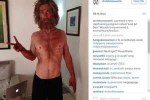 Last year's 'Sexiest Man Alive' looks unrecognizable - Photo