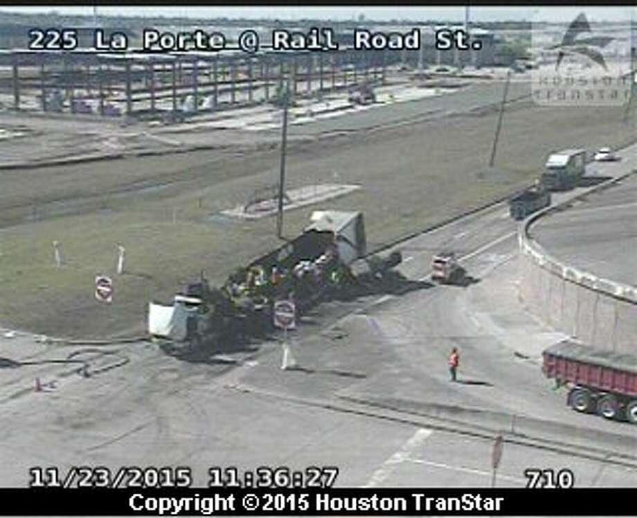 Pork truck burns along laporte freeway houston chronicle for How far is la porte tx from houston tx