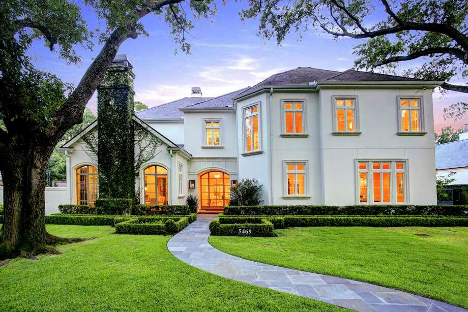 5469 Candlewood: $4,525,000 / 9,770 square feet Photo: Houston Association Of Realtors