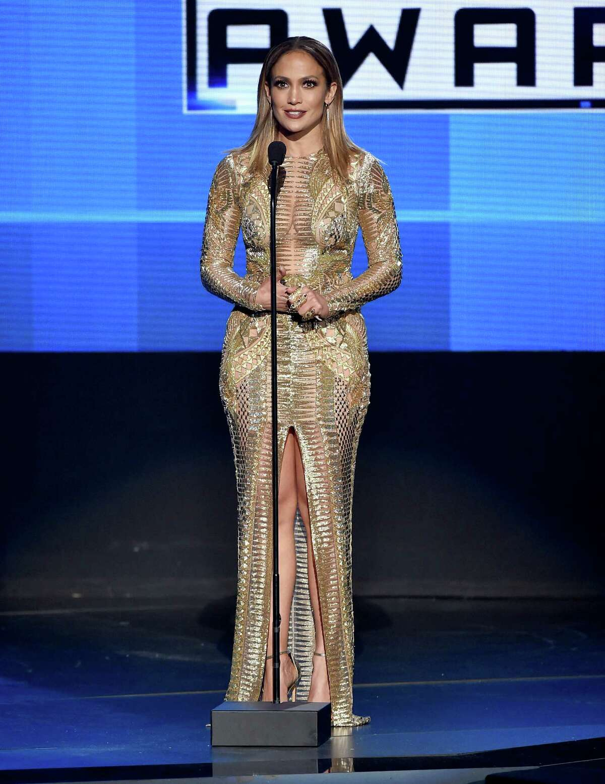 LOS ANGELES, CA - NOVEMBER 22: Jennifer Lopez speaks onstage at the 2015 American Music Awards at Microsoft Theater on November 22, 2015 in Los Angeles, California. (Photo by Michael Tran/FilmMagic)