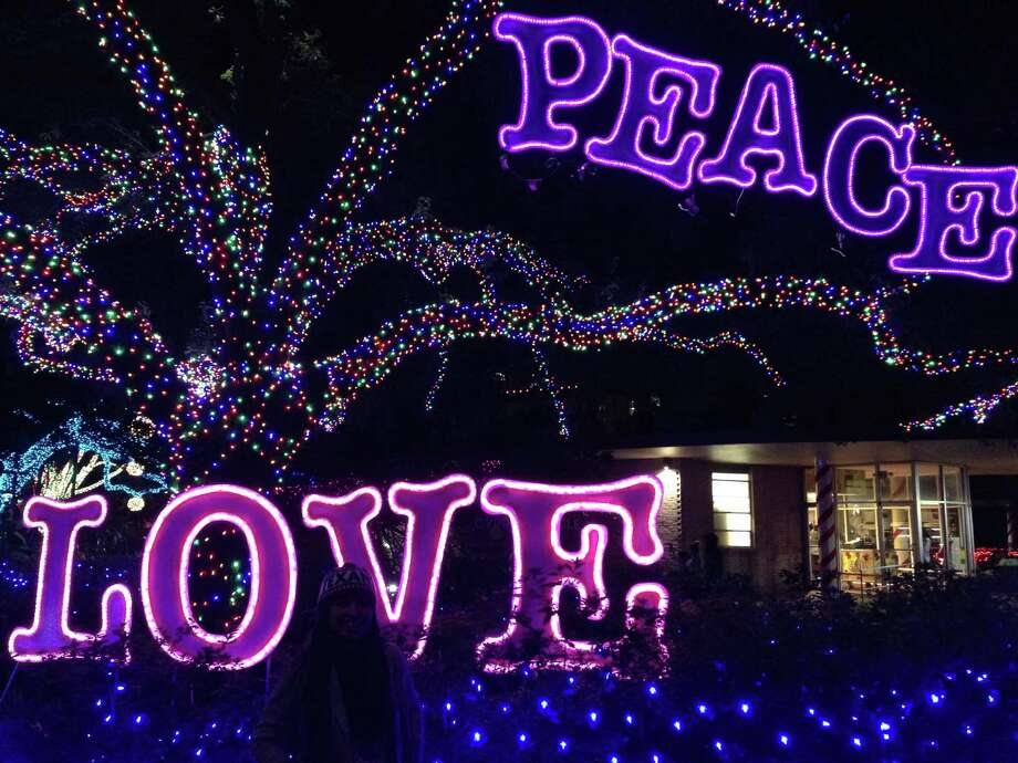 Zoo Lights is an annual tradition at the Houston Zoo. Photo: Katherine Feser