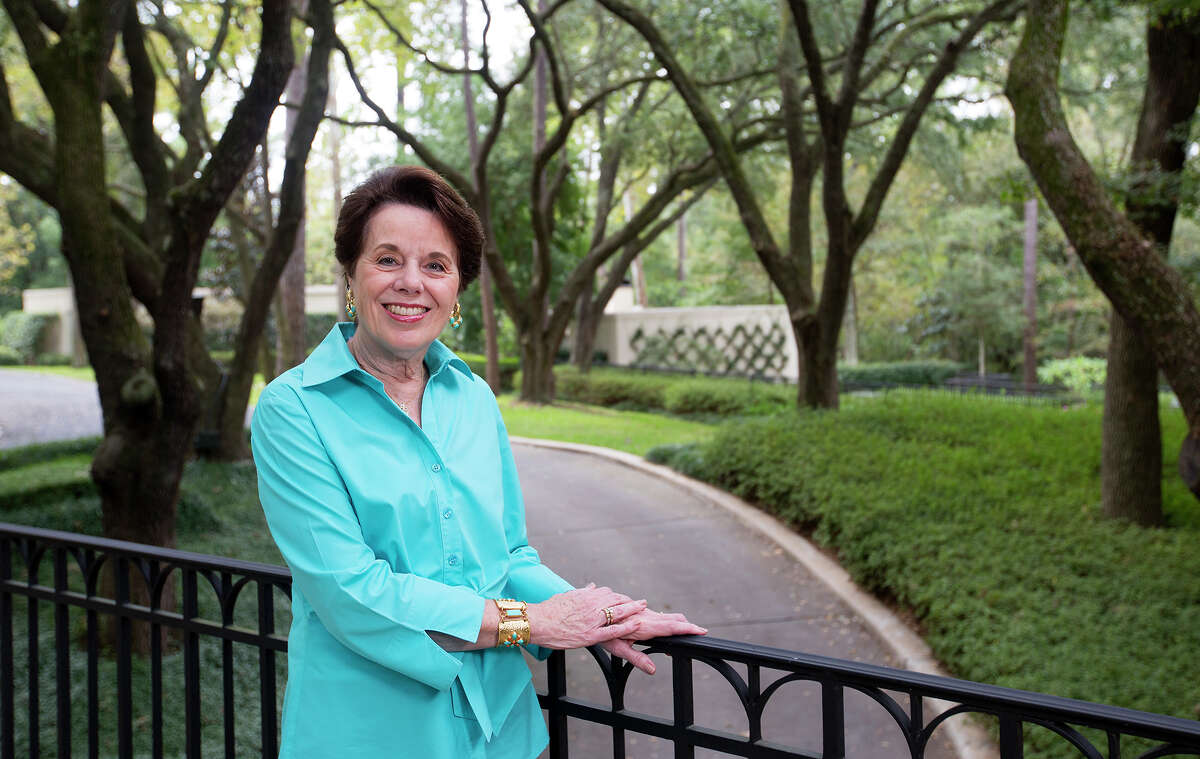 Fundraiser Ginni Mithoff doesn't let shyness stop her as she works to help Houston's children and families, improve health care and education, and promote the arts.