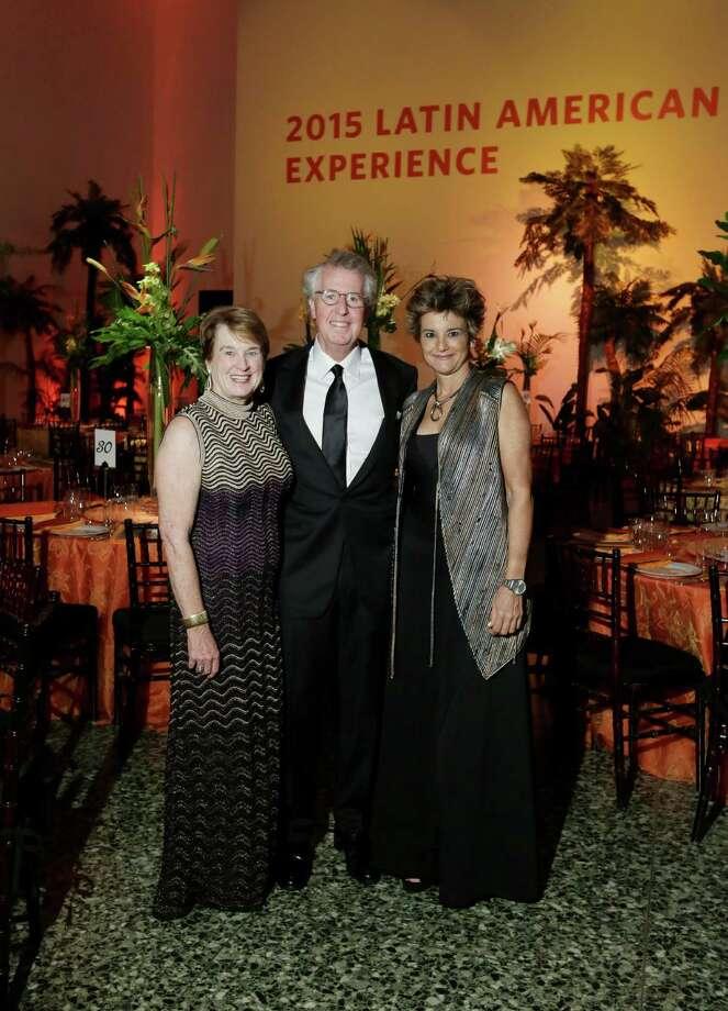 Linda and George Kelly and Mari Carmen Ramirez  Photo: Jon Shapley, Houston Chronicle / © 2015 Houston Chronicle