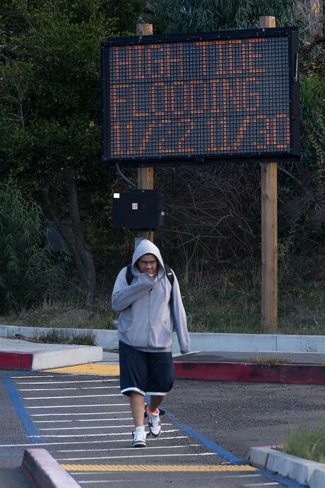 Oscar Mendoza walks from the bus stop at the Park and Ride lot on Monday, Nov. 23, 2015 in Mill Valley, Calif. Photo: Nathaniel Y. Downes, The Chronicle