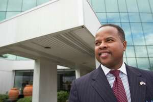 State Rep. Ron Reynolds won't be required to give up his House seat.