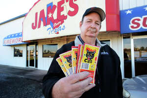 Fireworks sale days expand in Hardin, Orange counties - Photo