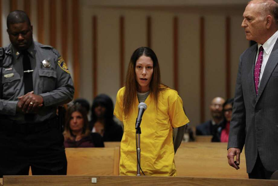 Jennifer Valiante appears at a presentment at the Fairfield County Courthouse, in Bridgeport, Conn. Nov. 24, 2015. Valiante has been charged with conspiracy to commit murder in connection with the deaths of Jeanette and Jeffrey Navin. Their son, Kyle Navin, is charged with their murders. Photo: Autumn Driscoll, Hearst Connecticut Media / Connecticut Post