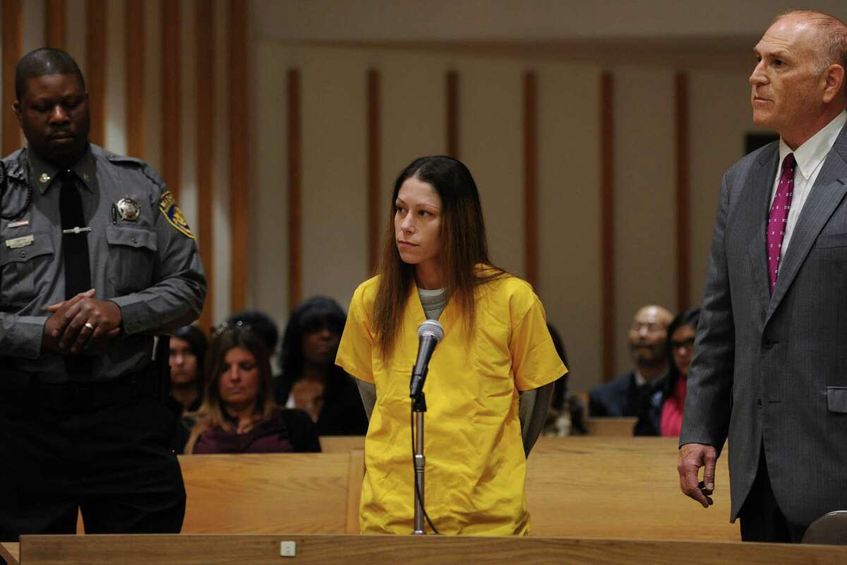 Jennifer Valiante appears at a presentment at the Fairfield County Courthouse, in Bridgeport, Conn. Nov. 24, 2015. Valiante has been charged with conspiracy to commit murder in connection with the deaths of Jeanette and Jeffrey Navin. Their son, Kyle Navin, is charged with their murders.