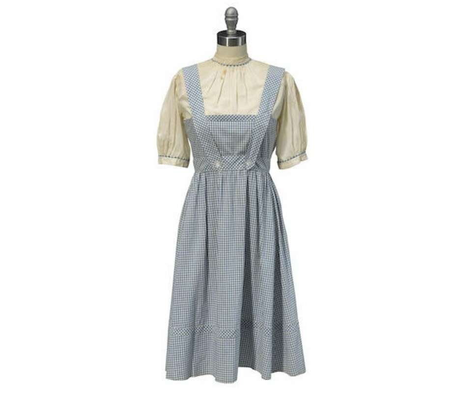 Dorothy\'s dress from \'The Wizard of Oz\' sells for $1.56 million at ...