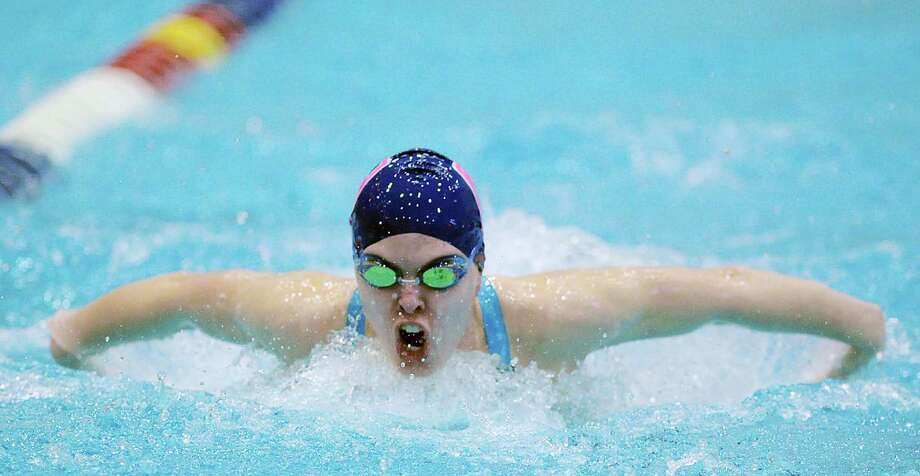 Amelia Bullock of Staples competes in the 200 IM event that she won during the CIAC Class LL Swimming Championship at Southern Connecticut State University, New Haven, Conn., Tuesday, Nov. 17, 2015. Photo: Bob Luckey Jr. / Hearst Connecticut Media / Greenwich Time