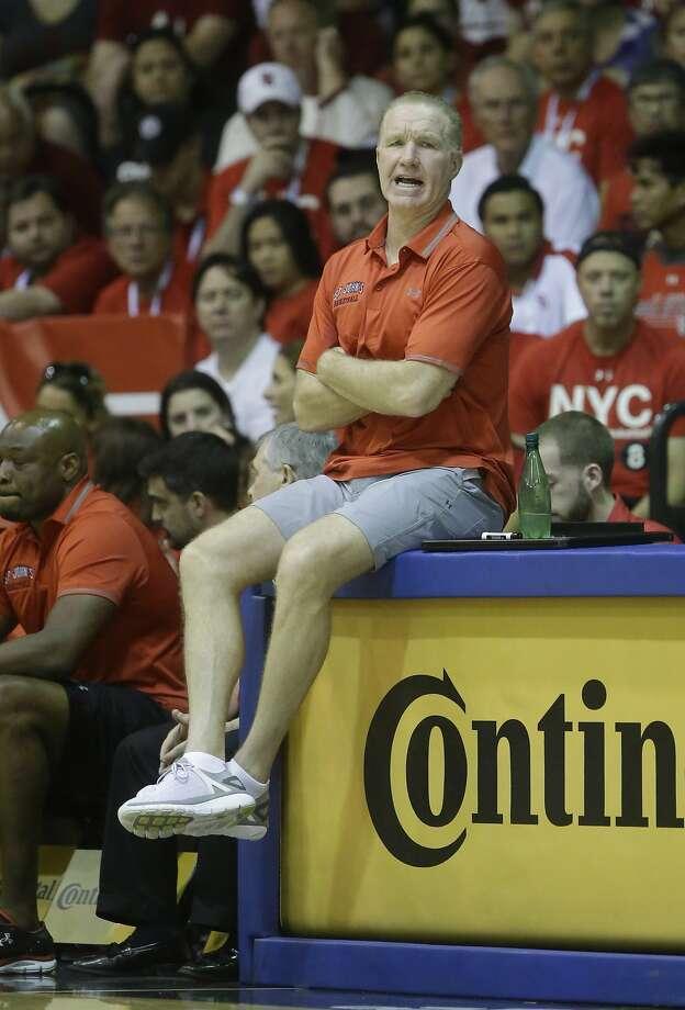 St. John's head coach Chris Mullin saw his team lose for a second straight day. Photo: Rick Bowmer, Associated Press