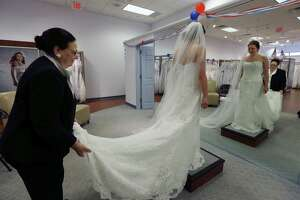 Cultural, economic changes suppress marriage rates - Photo