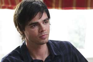 Reid Ewing 'comes out' as gay - Photo