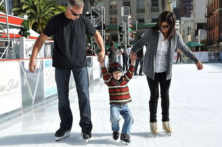 Outdoor ice skating at Union Square in San Francisco. Photo: Jerry Yim