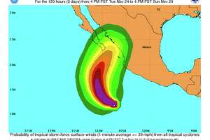 Sandra becomes a hurricane in eastern Pacific off Mexico - Photo