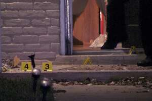 Man shot in stomach in front of East Side home - Photo