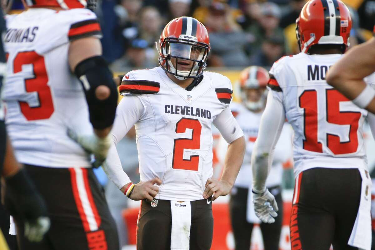 32. Cleveland (2-8) Last week: (32) Just when Johnny Manziel said he wouldn't be a distraction, he partied in Austin during the Browns' bye week.