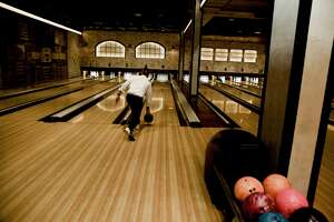Pub Crawl: Bowl & Barrel - Photo